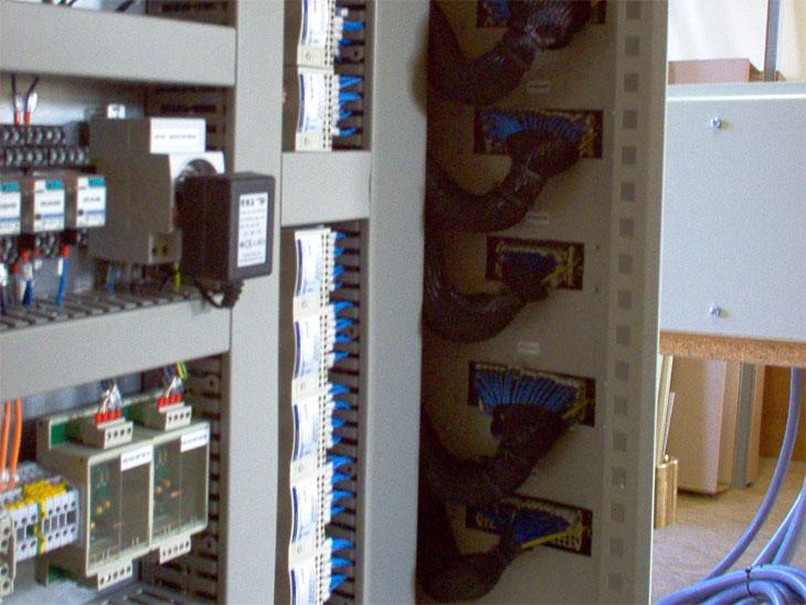 C blage armoire electrique des photos des photos de fond fond d 39 cran - Cablage armoire electrique triphase ...